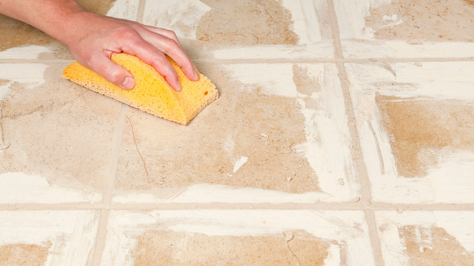 Read more about the article 6 Effective Tools Must for Grout Cleaning